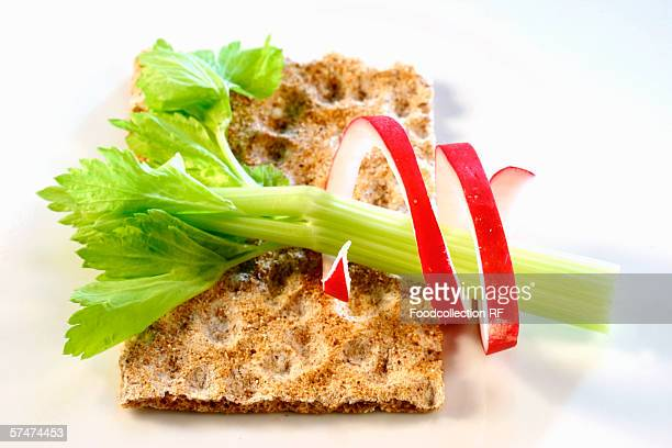 Crispbread with celery and radishes