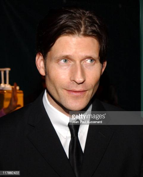 http://media.gettyimages.com/photos/crispin-glover-during-playstation-2-and-mark-wahlberg-host-celebrity-picture-id117882422?s=594x594