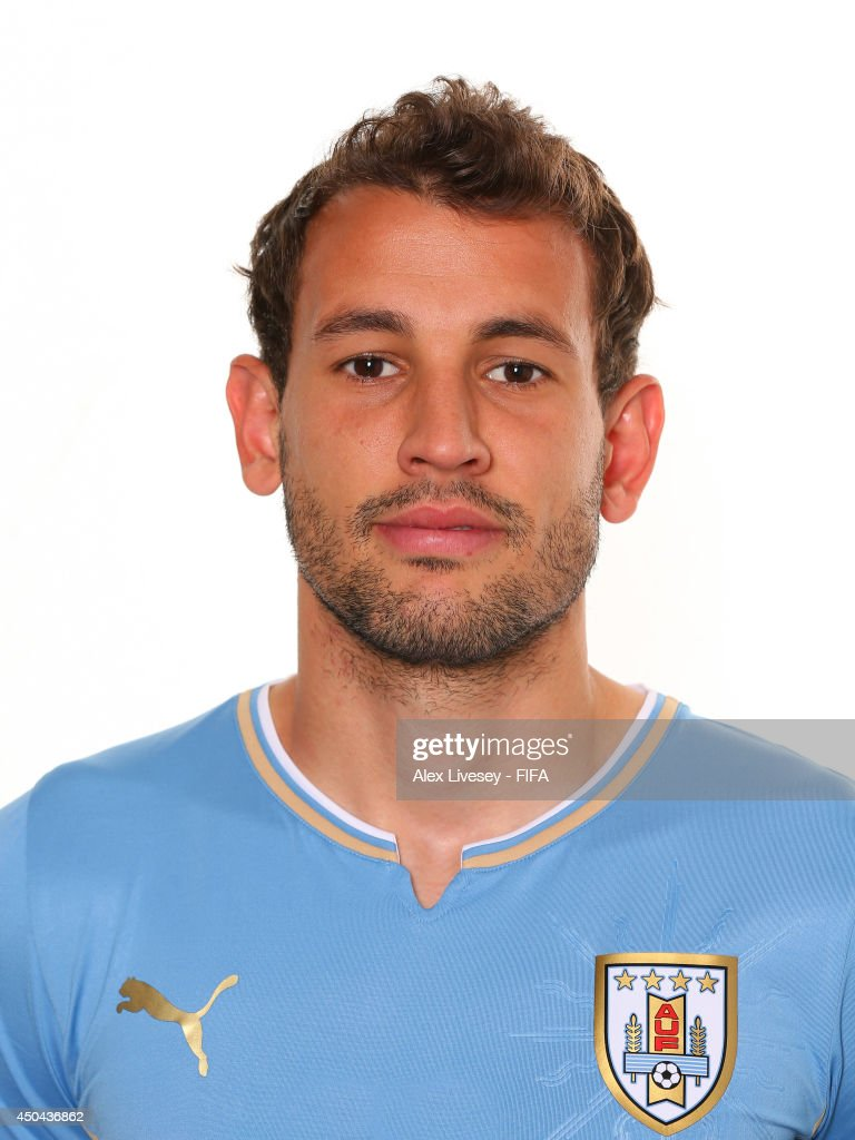 URUGUAY - Etnografía, cultura y mestizaje Cristhian-stuani-of-uruguay-poses-during-the-official-fifa-world-cup-picture-id450436862