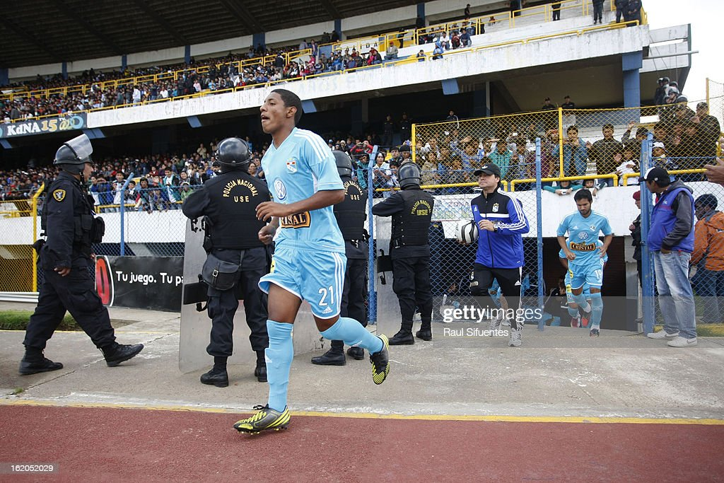 Cristian Adrianzen of Sporting Cristal before a match between Sport Huancayo and Sporting Cristal as part of The Torneo Descentralizado 2013 at the Huancayo Stadium on February 18, 2013 in Huancayo, Peru