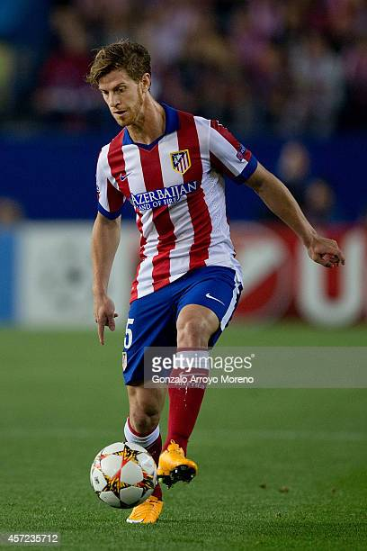Cristian Ansaldi of Atletico de Madrid controls the ball during the UEFA Champions League group A match between Club Atletico de Madrid and Juventus...