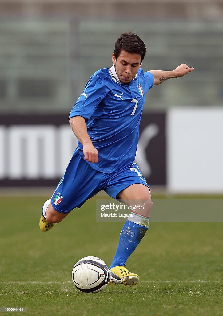 Cristian Battocchio of Italy competes for the ball with of Germany during U20 International Friendly match between Italy and Germany at Stadio Cosimo Puttilli on February 6, 2013 in Barletta, Italy.