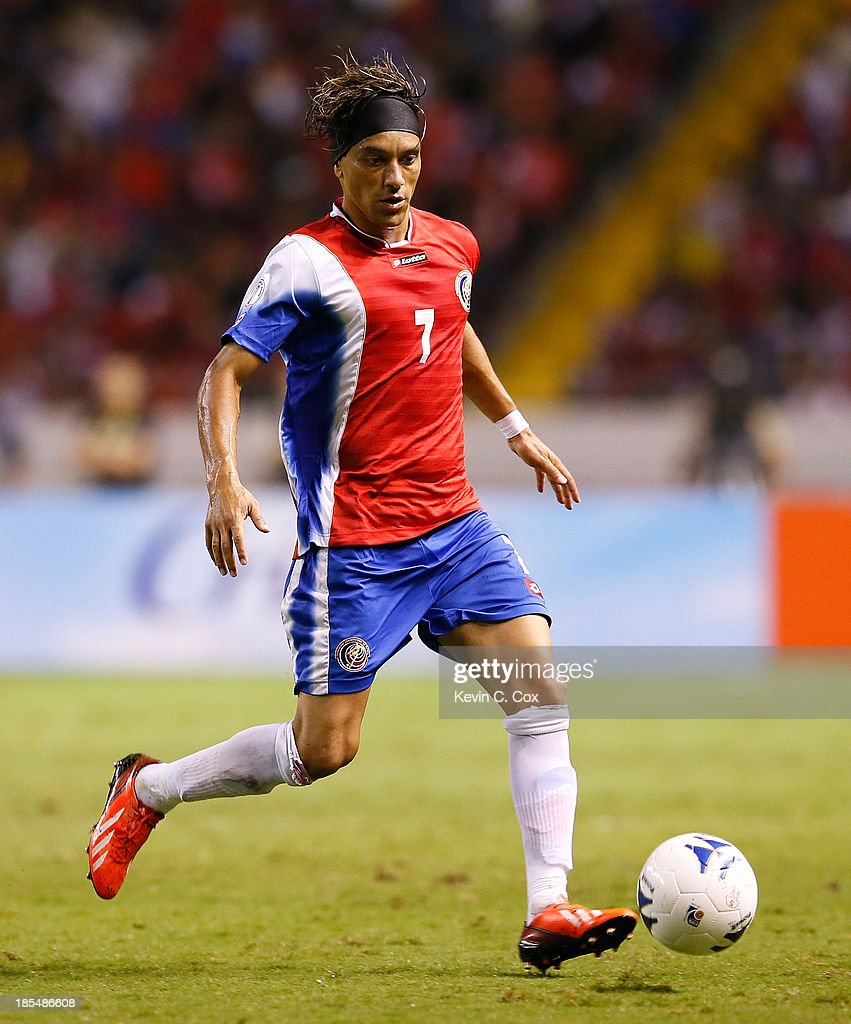 Cristian Bolanos #7 against the United States during the FIFA 2014 World Cup Qualifier at Estadio Nacional on September 6, 2013 in San Jose, Costa Rica.