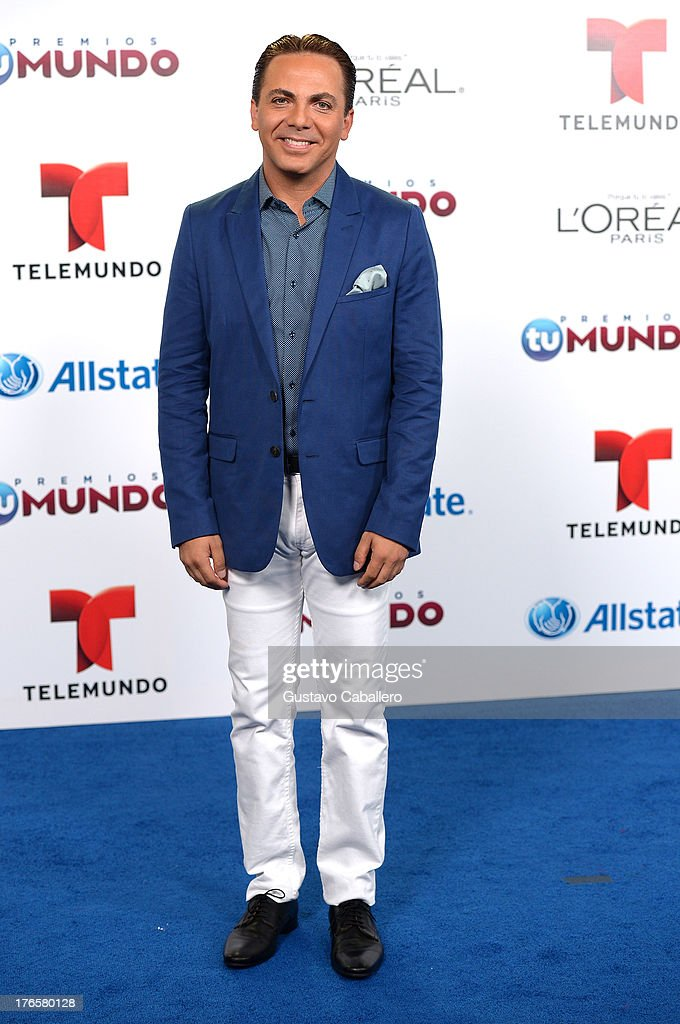 Cristian Castro arrives for Telemundo's Premios Tu Mundo Awards at American Airlines Arena on August 15, 2013 in Miami, Florida.