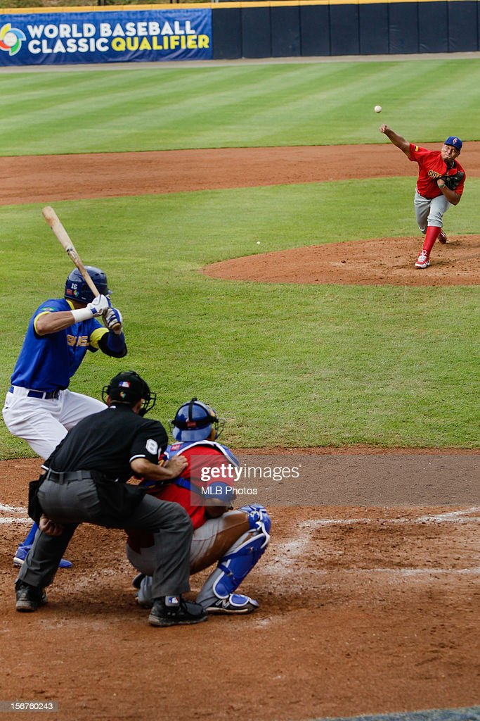 Cristian Mendoza #32 of Team Colombia pitches during Game 3 of the Qualifying Round of the World Baseball Classic between Team Brazil and Team Colombia at Rod Carew National Stadium on Saturday, November 17, 2012 in Panama City, Panama.