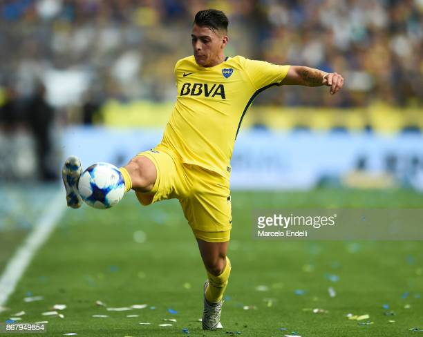 Cristian Pavon of Boca Juniors controls the ball during a match between Boca Juniors and Belgrano as part of Superliga 2017/18 at Alberto J Armando...