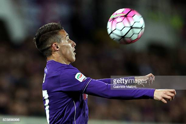 Cristian Tello of ACF Fiorentina in action during the Serie A match between ACF Fiorentina and Juventus FC at Stadio Artemio Franchi on April 24 2016...