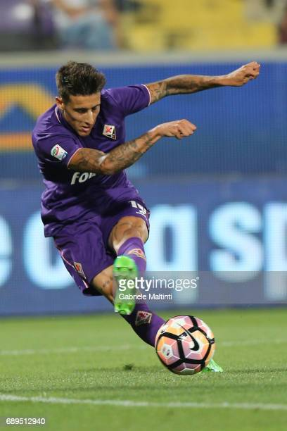 Cristian Tello of ACF Fiorentina in action during the Serie A match between ACF Fiorentina and Pescara Calcio at Stadio Artemio Franchi on May 28...