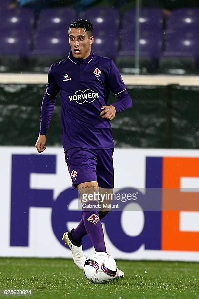 Cristian Tello of ACF Fiorentina in action during the UEFA Europa League match between ACF Fiorentina and PAOK FC at Stadio Artemio Franchi on...