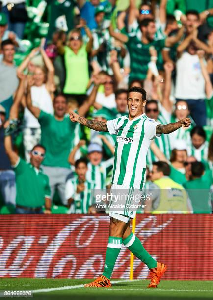 Cristian Tello of Real Betis Balompie celebrates after scoring the second goal of Real Betis Balompie during the La Liga match between Real Betis and...
