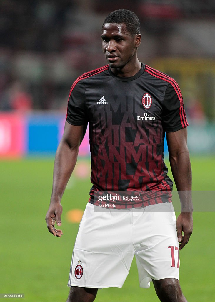 <a gi-track='captionPersonalityLinkClicked' href=/galleries/search?phrase=Cristian+Zapata&family=editorial&specificpeople=854055 ng-click='$event.stopPropagation()'>Cristian Zapata</a> (17) before the serie A match between AC Milan and Juventus FC at Giuseppe Meazza stadium on april 9, 2016 in Milano, italy.