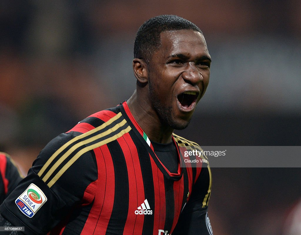 <a gi-track='captionPersonalityLinkClicked' href=/galleries/search?phrase=Cristian+Zapata&family=editorial&specificpeople=854055 ng-click='$event.stopPropagation()'>Cristian Zapata</a> of AC Milan celebrates scoring the first goal during the Serie A match between AC Milan and AS Roma at San Siro Stadium on December 16, 2013 in Milan, Italy.