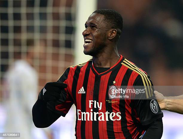 Cristian Zapata of AC Milan celebrates scoring the first goal during the Serie A match between AC Milan and AS Roma at San Siro Stadium on December...