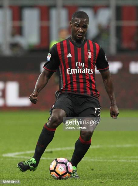 Cristian Zapata of AC Milan in action during the Serie A match between AC Milan and Genoa CFC at Stadio Giuseppe Meazza on March 18 2017 in Milan...