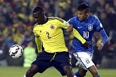 Cristian Zapata of Colombia fights for the ball with Neymar of Brazil during the 2015 Copa America Chile Group C match between Brazil and Colombia at...