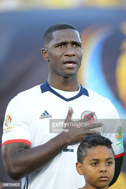 Cristian Zapata of Colombia sings Colombian National Anthem during a group A match between Colombia and Paraguay at Rose Bowl Stadium as part of Copa...