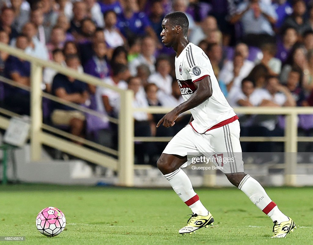 <a gi-track='captionPersonalityLinkClicked' href=/galleries/search?phrase=Cristian+Zapata&family=editorial&specificpeople=854055 ng-click='$event.stopPropagation()'>Cristian Zapata</a> of Milan in action during the Serie A match between ACF Fiorentina and AC Milan at Stadio Artemio Franchi on August 23, 2015 in Florence, Italy.