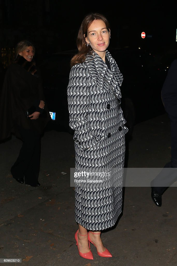 Cristiana Capotondi arrives at Fondazione IEO - CMM Christmas Charity Dinner at Villa Necchi on December 13, 2016 in Milan, Italy.