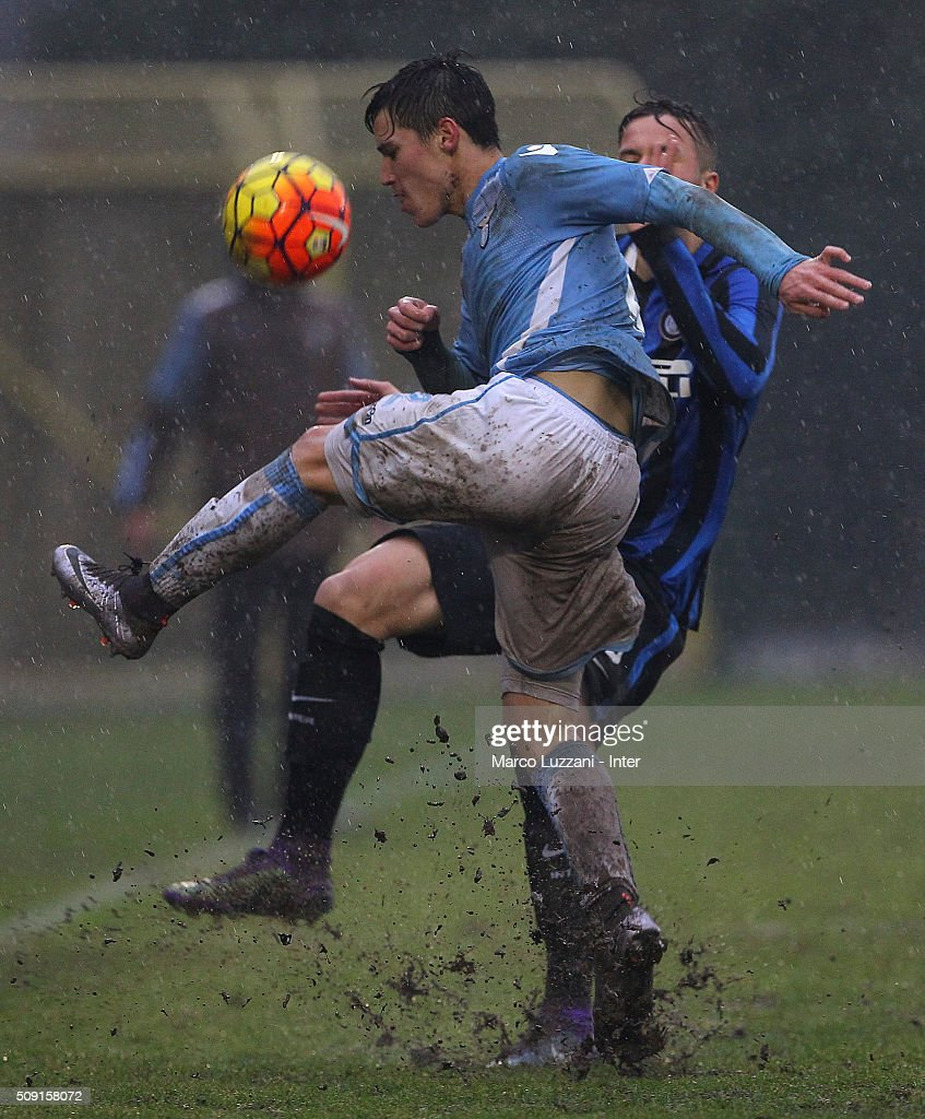 Cristiano Dovidio of SS Lazio competes for the ball with Vanheusden (back) of FC Internazionale Milano during the juvenile TIM cup match between FC Internazionale and SS Lazio at Stadio Breda on February 9, 2016 in Sesto San Giovanni, Italy.