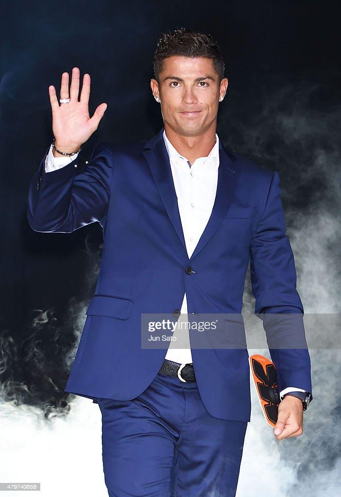Cristiano Ronaldo escaped from a press conference 02/17/2016 68
