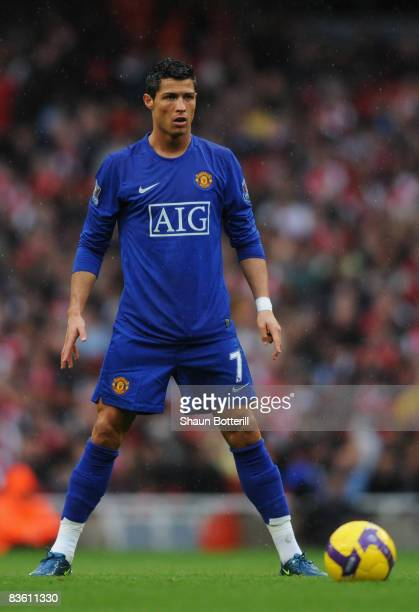 Cristiano Ronaldo of Manchester United line up a freekick during the Barclays Premier League match between Arsenal and Manchester United at the...