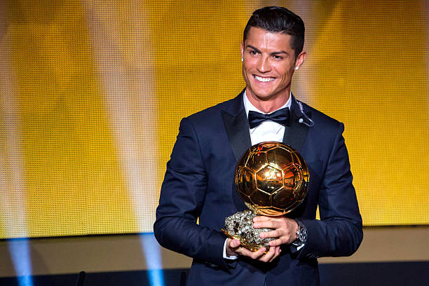 BALLON D'OR ET RECOMPENSES DU FOOT - Page 9 Cristiano-ronaldo-of-portugal-and-real-madrid-receives-the-2014-fifa-picture-id461443908?k=6&m=461443908&s=612x612&w=0&h=xpZ5ZJ3EqYub9BCgBT1O-Z893fX32SAGlsyEzcMQPQw=