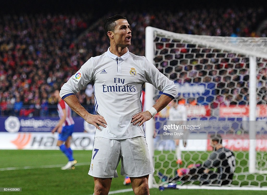 Cristiano Ronaldo of Real Madrid celebrate after scoring Real's 3rd goal during the La Liga match between Club Atletico de Madrid and Real Madrid CF at Vicente Calderon Stadium on November 19, 2016 in Madrid, Spain.