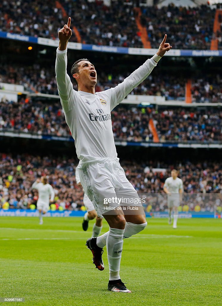 <a gi-track='captionPersonalityLinkClicked' href=/galleries/search?phrase=Cristiano+Ronaldo+-+Soccer+Player&family=editorial&specificpeople=162689 ng-click='$event.stopPropagation()'>Cristiano Ronaldo</a> of Real Madrid celebrates after scoring during the La Liga match between Real Madrid CF and Athletic Club at Estadio Santiago Bernabeu on February 13, 2016 in Madrid, Spain.