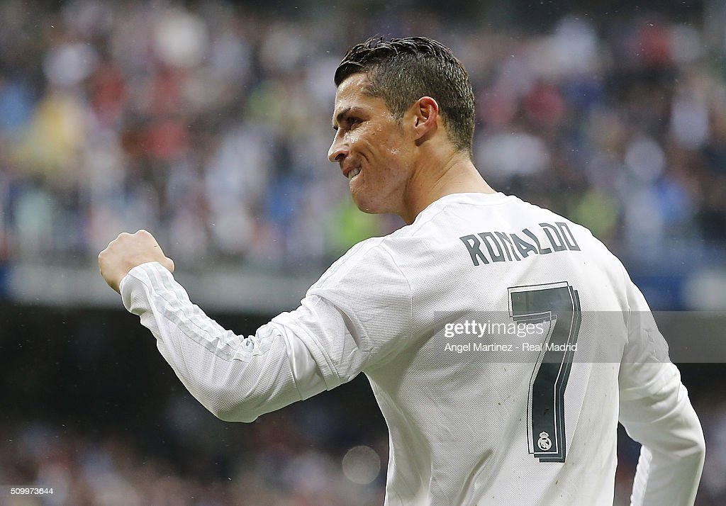 <a gi-track='captionPersonalityLinkClicked' href=/galleries/search?phrase=Cristiano+Ronaldo+-+Soccer+Player&family=editorial&specificpeople=162689 ng-click='$event.stopPropagation()'>Cristiano Ronaldo</a> of Real Madrid celebrates after scoring his team's fourth goal during the La Liga match between Real Madrid CF and Athletic Club at Estadio Santiago Bernabeu on February 13, 2016 in Madrid, Spain.