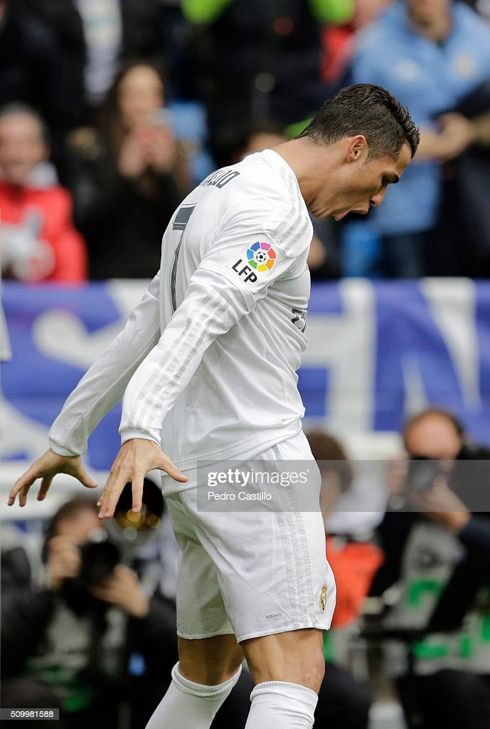 <a gi-track='captionPersonalityLinkClicked' href=/galleries/search?phrase=Cristiano+Ronaldo+-+Soccer+Player&family=editorial&specificpeople=162689 ng-click='$event.stopPropagation()'>Cristiano Ronaldo</a> of Real Madrid celebrates after scoring his team's first goal during the La Liga match between Real Madrid CF and Athletic Club at Estadio Santiago Bernabeu on February 13, 2016 in Madrid, Spain.