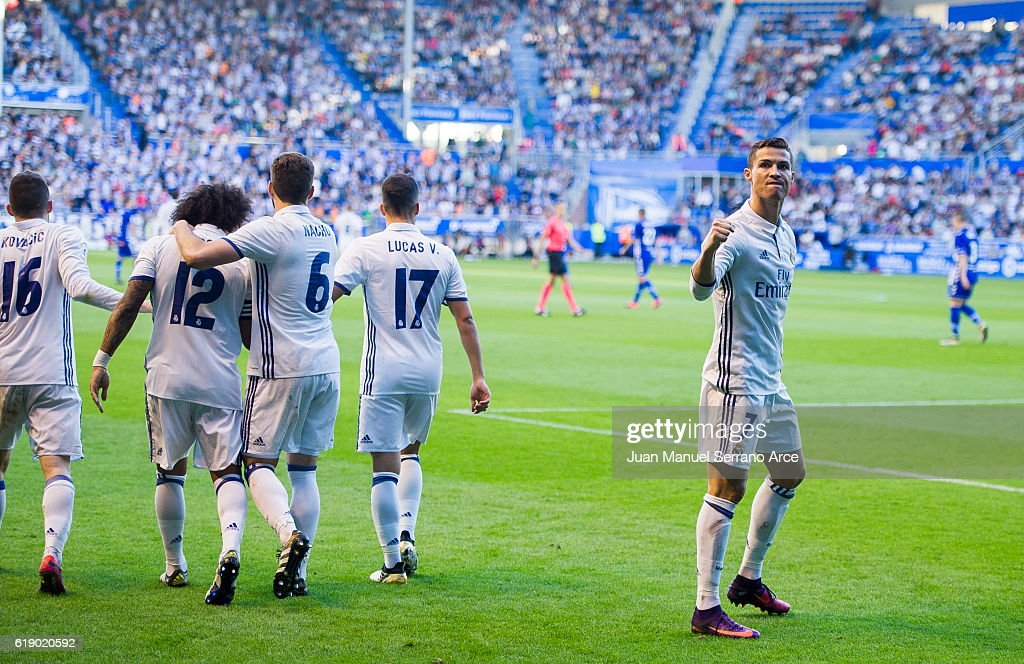 Deportivo Alaves v Real Madrid CF - La Liga : News Photo