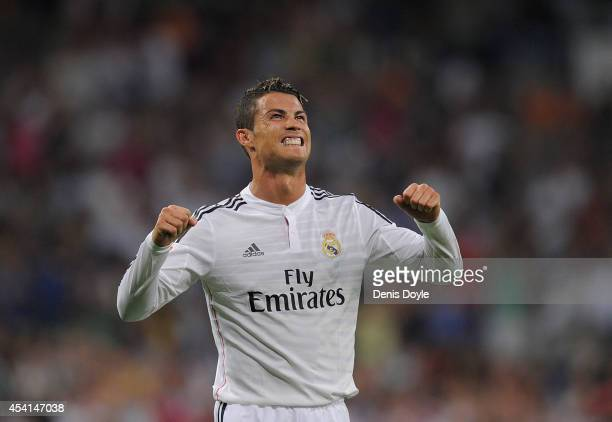 Cristiano Ronaldo of Real Madrid celebrates after scoring Real's 2nd goal during the La liga match between Real Madrid CF and Cordoba CF at Estadio...