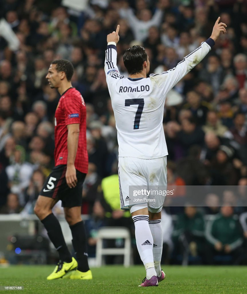 <a gi-track='captionPersonalityLinkClicked' href=/galleries/search?phrase=Cristiano+Ronaldo+-+Fotbollsspelare&family=editorial&specificpeople=162689 ng-click='$event.stopPropagation()'>Cristiano Ronaldo</a> of Real Madrid celebrates scoring their first goal during the UEFA Champions League Round of 16 first leg match between Real Madrid and Manchester United at Estadio Santiago Bernabeu on February 13, 2013 in Madrid, Spain.