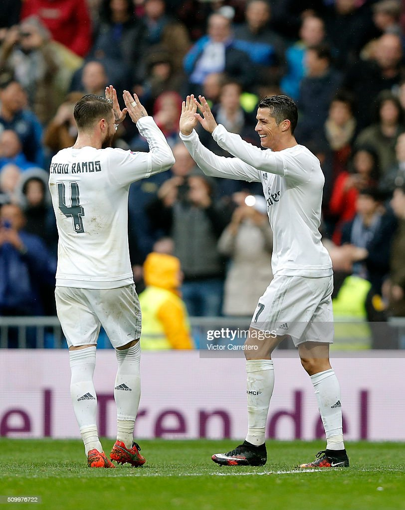 <a gi-track='captionPersonalityLinkClicked' href=/galleries/search?phrase=Cristiano+Ronaldo+-+Jogador+de+futebol&family=editorial&specificpeople=162689 ng-click='$event.stopPropagation()'>Cristiano Ronaldo</a> (R) of Real Madrid celebrates with his teammate Sergio Ramos after scoring his team's fourth goal during the La Liga match between Real Madrid CF and Athletic Club at Estadio Santiago Bernabeu on February 13, 2016 in Madrid, Spain.