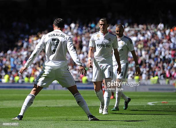 Cristiano Ronaldo of Real Madrid CF celebrates after scoring his team's 4th goal during the La Liga match between Real Madrid CF and Granada CF at...