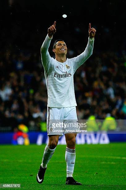 Cristiano Ronaldo of Real Madrid CF celebrates scoring their fifth goal during the La Liga match between Real Madrid CF and Rayo Vallecano de Madrid...