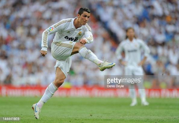 Cristiano Ronaldo of Real Madrid CF has a shot at goal during the La Liga match between Real Madrid CF and RCD Mallorca at Estadio Santiago Bernabeu...