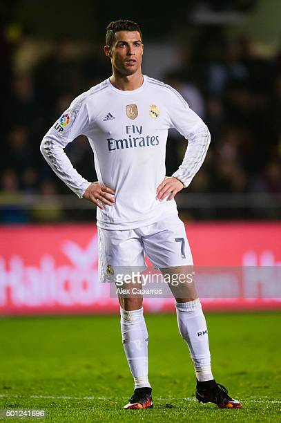 Cristiano Ronaldo of Real Madrid CF looks dejected during the La Liga match between Villarreal CF and Real Madrid CF at El Madrigal on December 13...