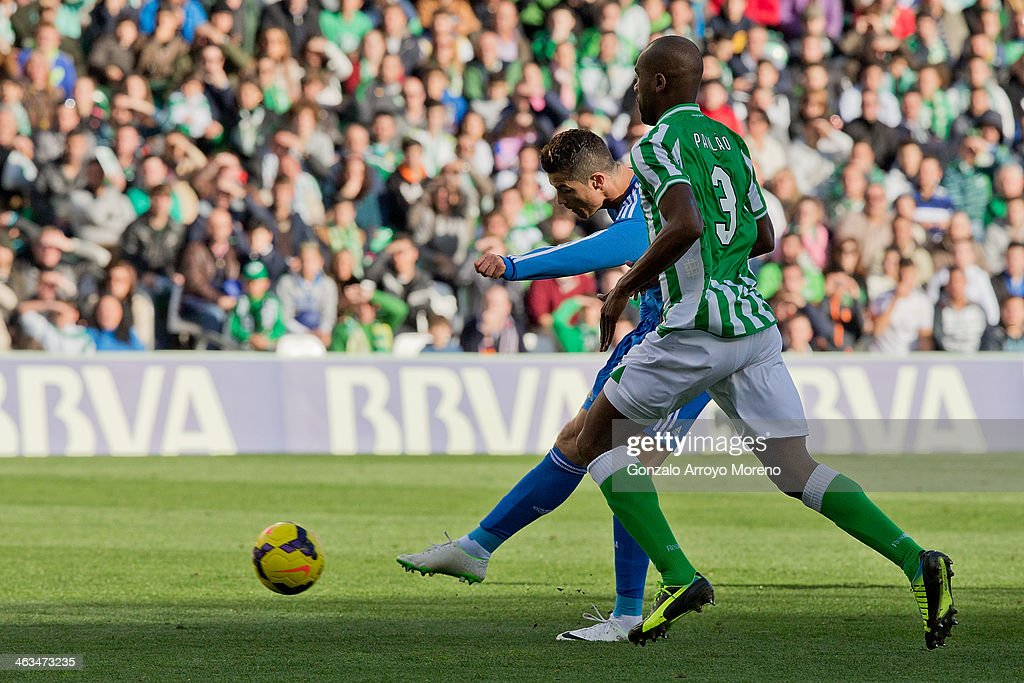Cristiano Ronaldo of Real Madrid CF scores their opening goal during the La Liga match between Real Betis Balompie and Real Madrid CF at Estadio...