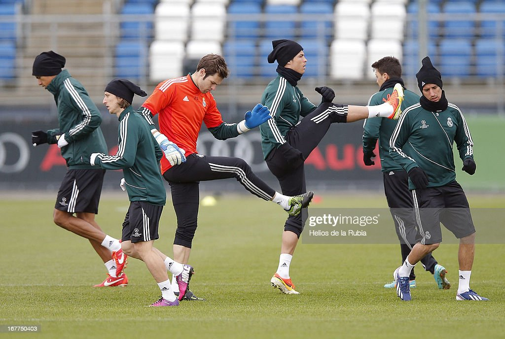 Cristiano Ronaldo (3rd R) of Real Madrid CF stretches during a training session ahead of the UEFA Champions League Semifinal second leg match between Real Madrid and Borussia Dortmund at the Valdebebas training ground on April 29, 2013 in Madrid, Spain.