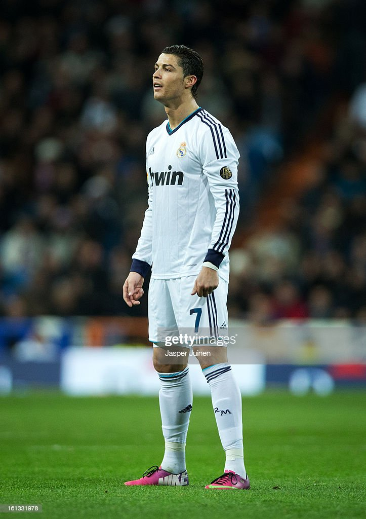 Cristiano Ronaldo of Real Madrid concentrates on taking a free kick during the la Liga match between Real Madrid CF and Sevilla FC at Estadio Santiago Bernabeu on February 9, 2013 in Madrid, Spain.