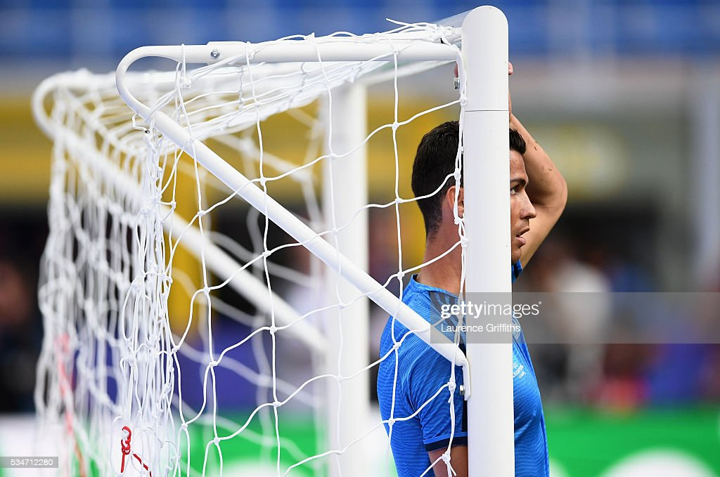 <a gi-track='captionPersonalityLinkClicked' href=/galleries/search?phrase=Cristiano+Ronaldo+-+Soccer+Player&family=editorial&specificpeople=162689 ng-click='$event.stopPropagation()'>Cristiano Ronaldo</a> of Real Madrid during a Real Madrid training session on the eve of the UEFA Champions League Final against Atletico de Madrid at Stadio Giuseppe Meazza on May 27, 2016 in Milan, Italy.