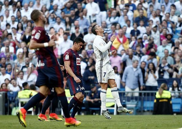 Real Madrid  Eibar: La Liga : News Photo