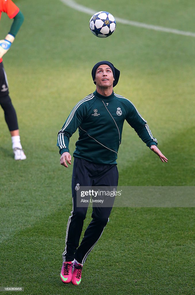 <a gi-track='captionPersonalityLinkClicked' href=/galleries/search?phrase=Cristiano+Ronaldo+-+Soccer+Player&family=editorial&specificpeople=162689 ng-click='$event.stopPropagation()'>Cristiano Ronaldo</a> of Real Madrid juggles the ball during a training session at Etihad Stadium on March 4, 2013 in Manchester, England.