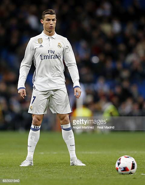 Cristiano Ronaldo of Real Madrid lines up a free kick during the Copa del Rey quarterfinal first leg match between Real Madrid CF and Celta de Vigo...