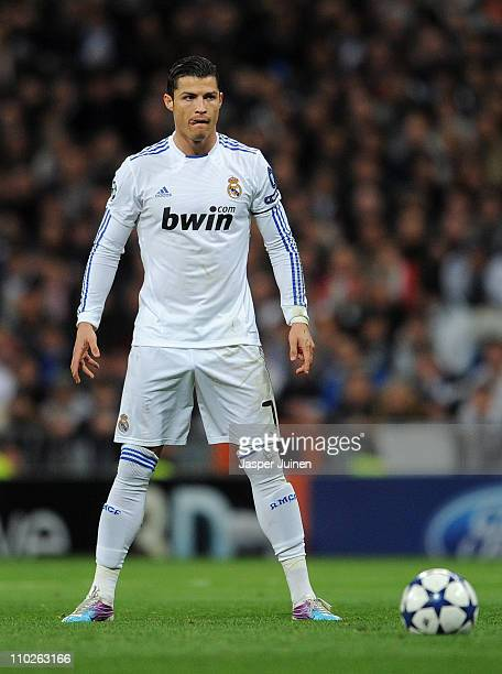 Cristiano Ronaldo of Real Madrid lines up a free kick during the UEFA Champions League round of 16 second leg match between Real Madrid and Lyon at...