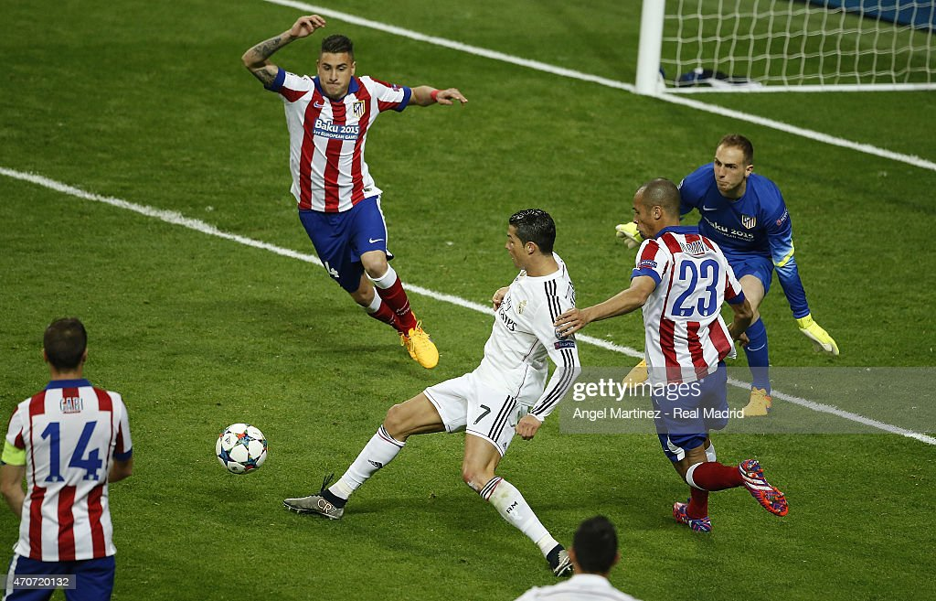 Cristiano Ronaldo of Real Madrid makes a pass during the UEFA Champions League Quarter Final second leg match between Real Madrid CF and Club Atletico de Madrid at Estadio Santiago Bernabeu on April 22, 2015 in Madrid, Spain.