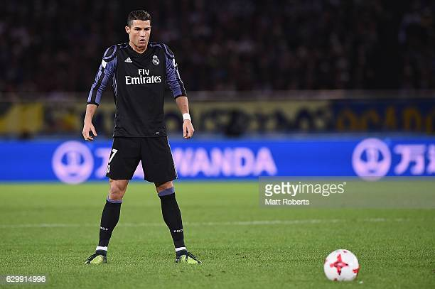 Cristiano Ronaldo of Real Madrid prepares to take a freekick during the FIFA Club World Cup Japan semifinal match between Club America v Real Madrid...