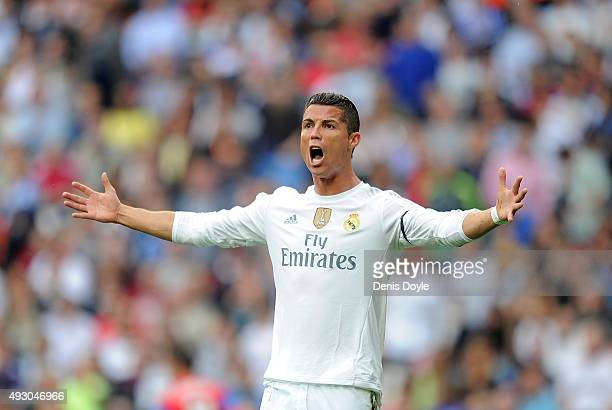 Cristiano Ronaldo of Real Madrid reacts during the La Liga match between Real Madrid CF and Levante UD at estadio Santiago Bernabeu on October 17...