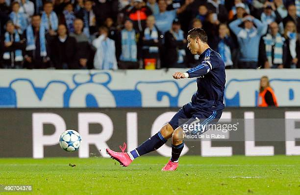 Cristiano Ronaldo of Real Madrid score the goal during the UEFA Champions League Group A match between Malmo fc and Real Madrid CF at Malmo Stadium...